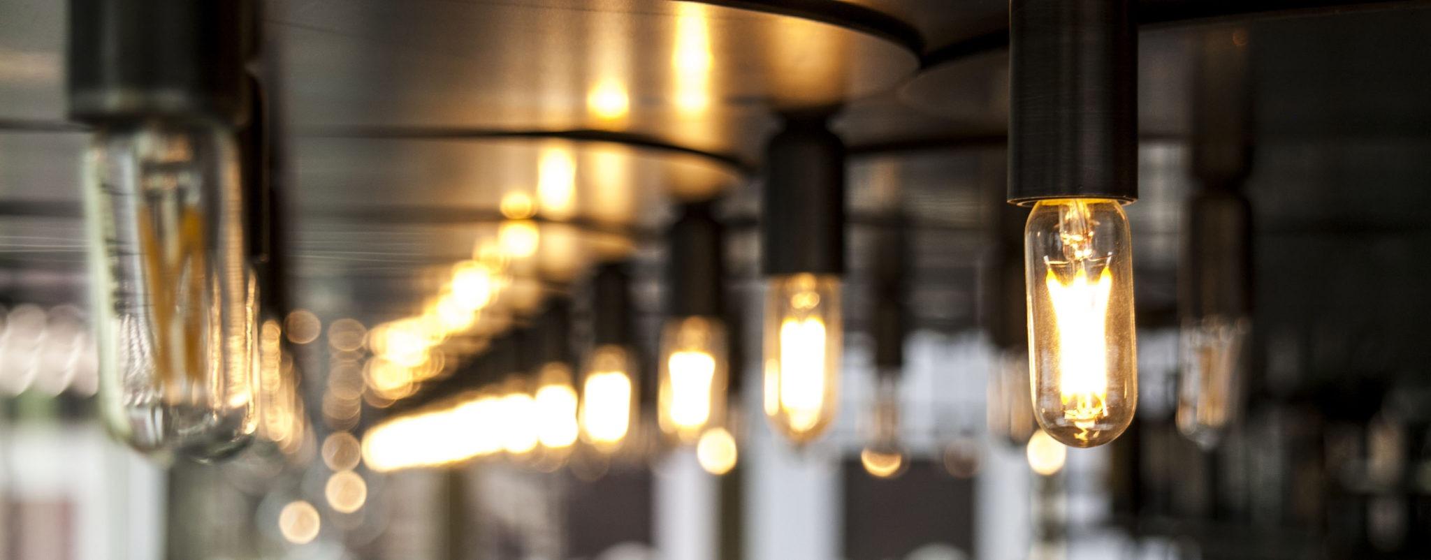 La luz que te acompaña en El Buho Restaurante Sky Bar en Pamplona